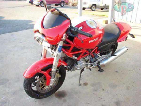 Ducati Monster 620 - 2005