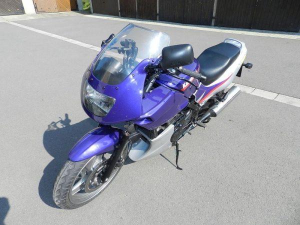 Kawasaki GPZ500 - 1999