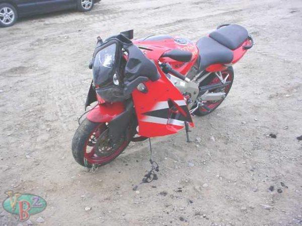 Kawasaki ZX6R - 2002