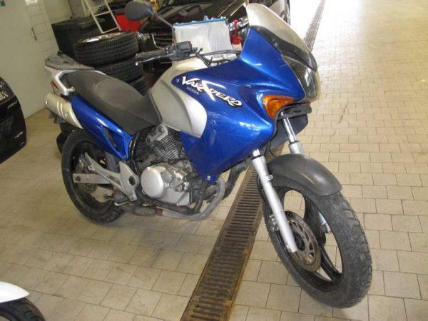 Honda VARADERO 125 - 2002