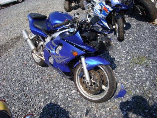 YAMAHA R6 - 1999