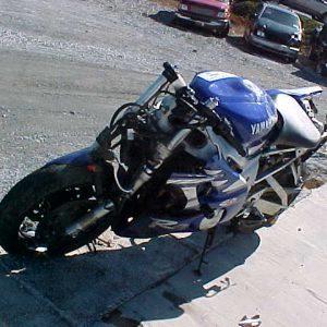yamaha r6 - 2000